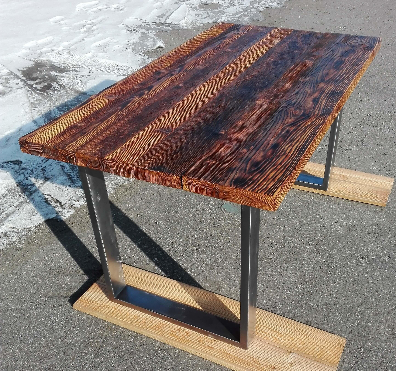 Jedálenský stôl s rustikálnou doskou, kovový jedálenský stôl, masívny stôl, kovaný nábytok, Jídelní stůl s rustikální deskou, kovový jídelní stůl, Dining table with rustic plate, Esstisch mit rustikaler Platte
