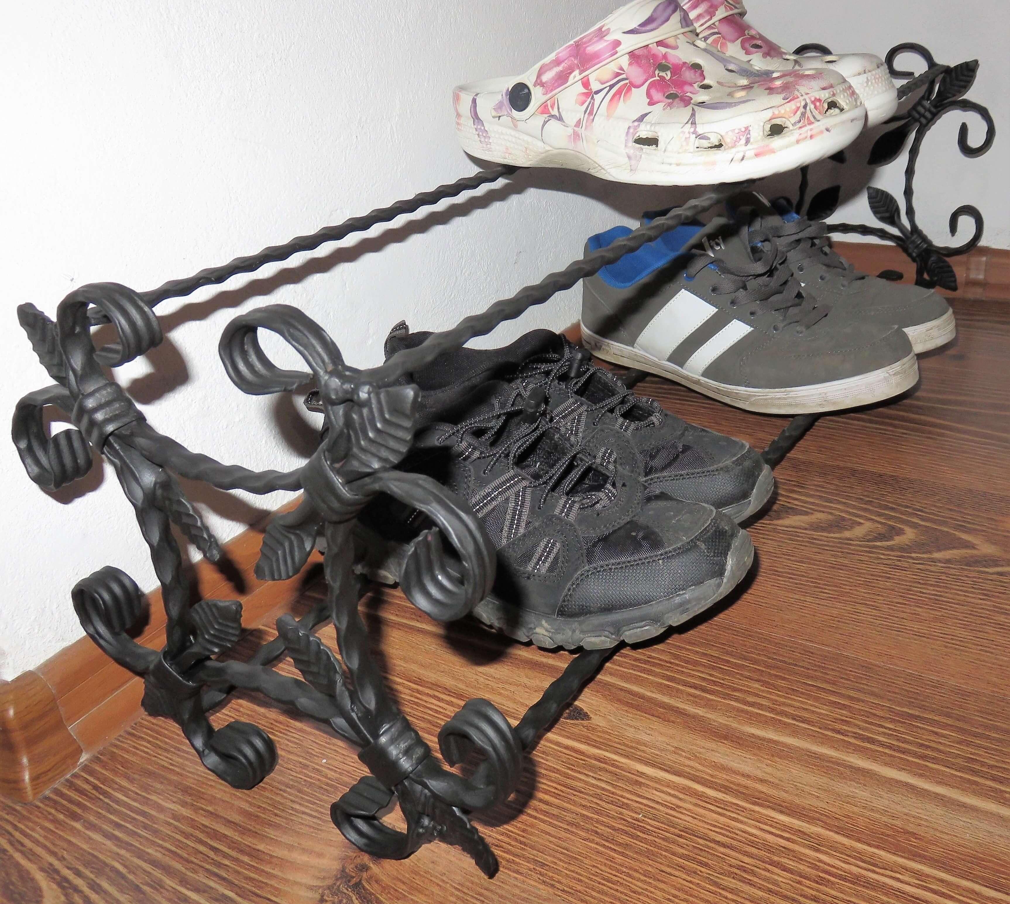kovaný botník kovový regál na topánky polica na topánky kovaný botník kovový regál na boty Vintage police na boty Metalrustic Shoe Rack Schuhregal